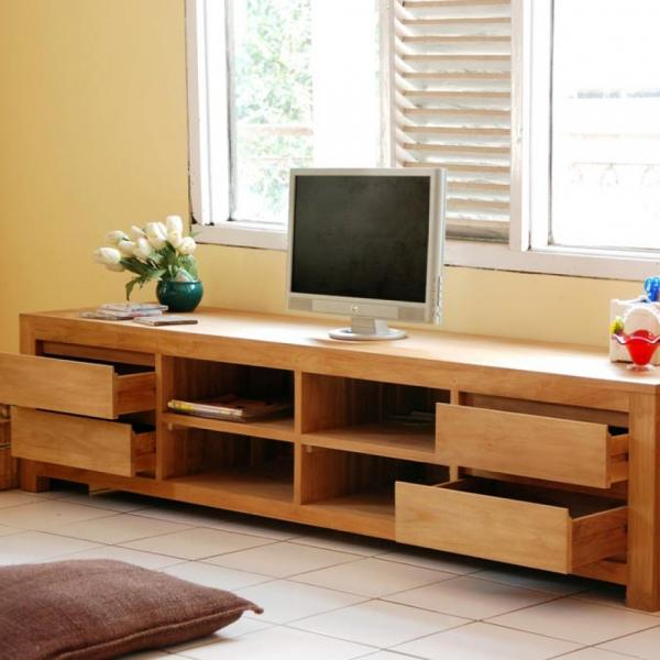 Simple TV Bench