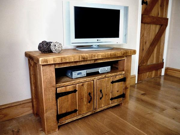 Simple Wood TV Furniture