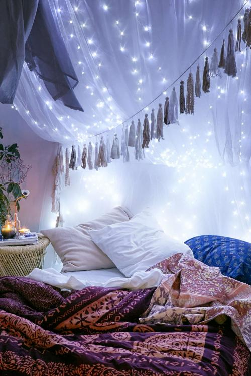 bedroom canopy with lights
