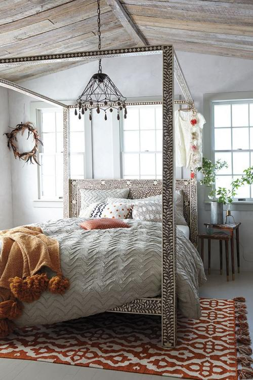 bedroom ideas with canopy bed