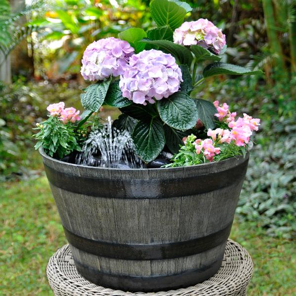 diy container fountain