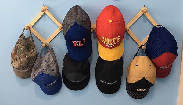 expandable hat rack