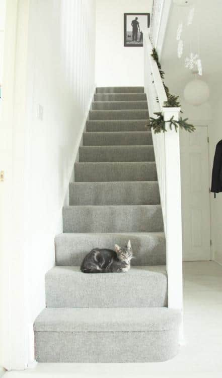 grey stair carpet