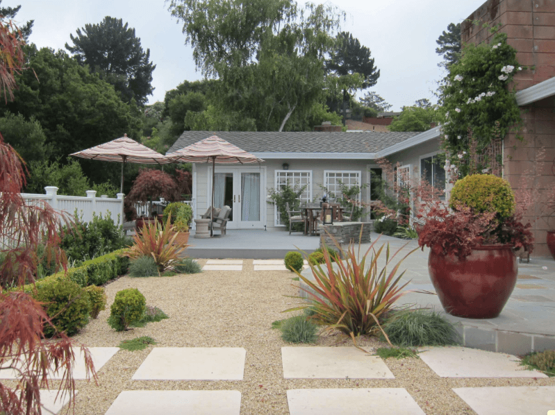 landscaping ideas with drought tolerant plants