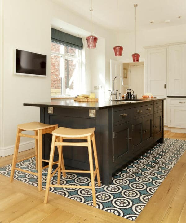 Kitchen tile ideas patterned floor tiles