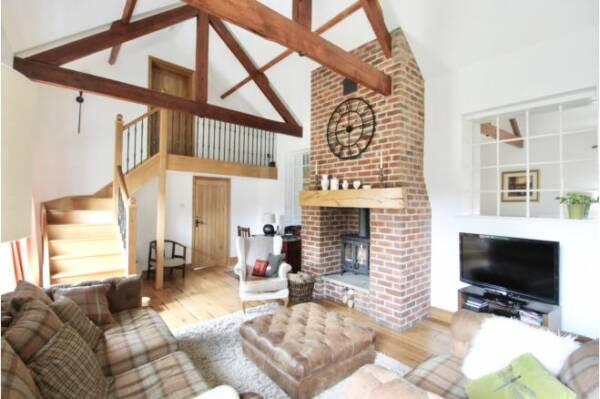 barn conversion living room ideas